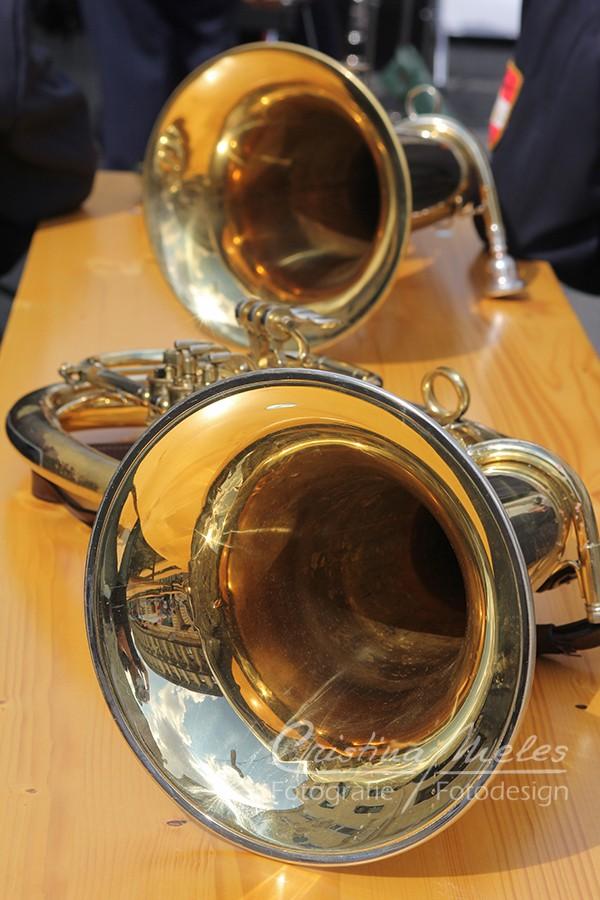 Zwei Trompeten als Blasinstrumente